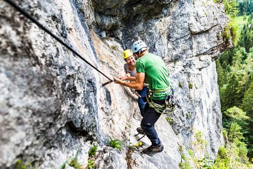 g-aktivurlaub-klettern-klettersteig-oberoesterreich-vorderstoder-hinterstoder-berge