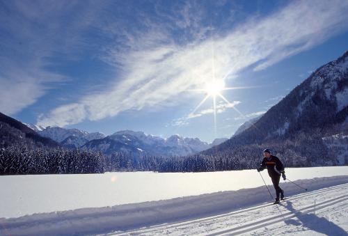 g-aktivurlaub-langlaufen-schnee-winter-urlaub-weihnachtsferien