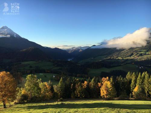 g-almresort-ausblick-traumhaft-berge-herbst-urlaub-vacation