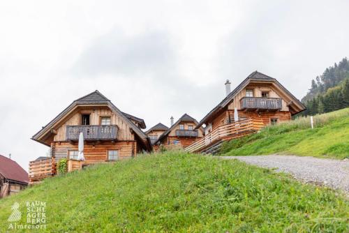 g-huetten-baumschlagerberg-berger-nik-familie-familienurlaub-alm-berge-natur