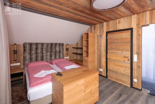 g-panorama-chalet-doppelzimmer-entspannung-genuss-ruhe-zu-zweit-ehepaar-jahrestag-hochzeitstag
