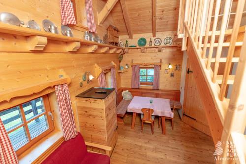 g-panorama-hutte-holz-gemuetlich-entspannung-erholung