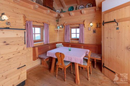 g-panorama-hutte-holz-urlaub-stube-feiertage-hochzeitstage